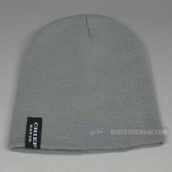 custom knitted beanie grey woven label